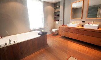 Brugge - Huis / Maison - Guesthouse  BB Ikejime  Chez P