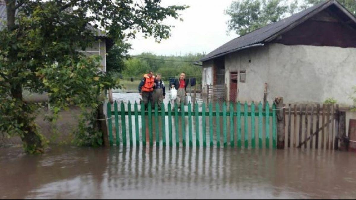Паводок в Івано-Франківській області