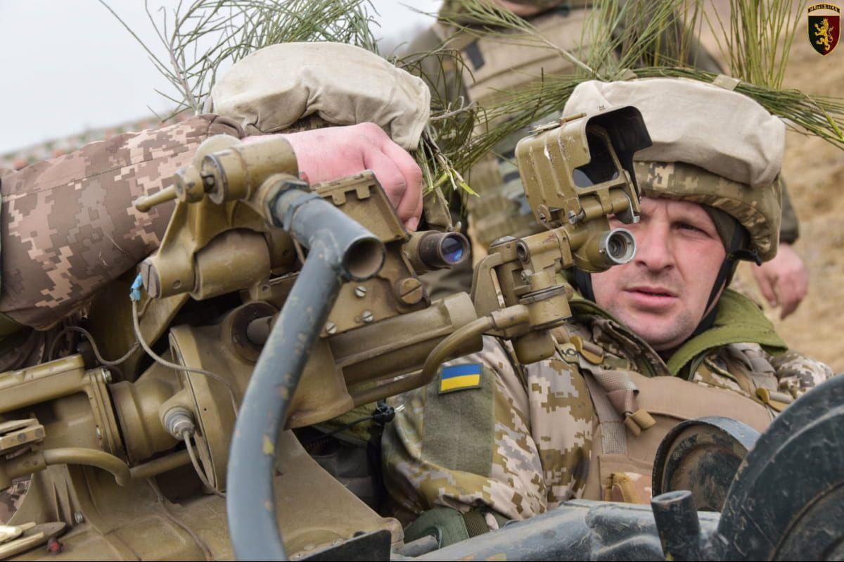 українські військові 24-ї ОМБр