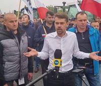Rolnicy kontynuują protest w powiecie piotrkowskim. Nadal czekają na premiera