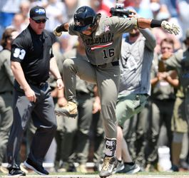 Vanderbilt's Austin Martin homers on first pitch he sees in College World Series