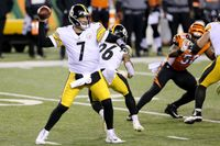 Ben Roethlisberger, T.J. Watt limited in practice Thursday in advance of Steelers-Bengals