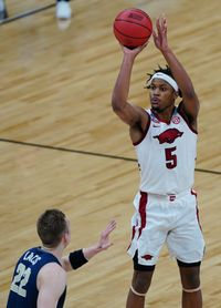 Arkansas' Moses Moody's shooting, defense could fit Grizzlies well in 2021 NBA Draft