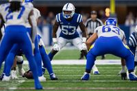 'You hurt for 2, 3 days then start the process over': Colts LB Darius Leonard playing through injury