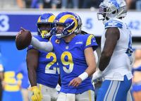 Matthew Stafford burns former team for 3 TDs as Rams drop Lions to 0-7