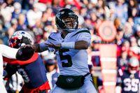 New York Jets to start backup quarterback Mike White against Cincinnati Bengals