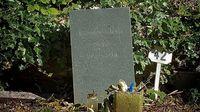 Wenn die User Trauer tragen: Zum Tode von Douglas Adams vor 20 Jahren