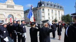 Nancy : Lætitia Philippon reçoit l'insigne de chevalier de la Légion d'honneur lors de la cérémonie d'installation