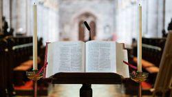 Roche: le responsabilità dei vescovi nelle traduzioni dei testi liturgici latini