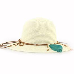 Γυναικεία καπέλα με χρωματιστά φτερά Μπεζ