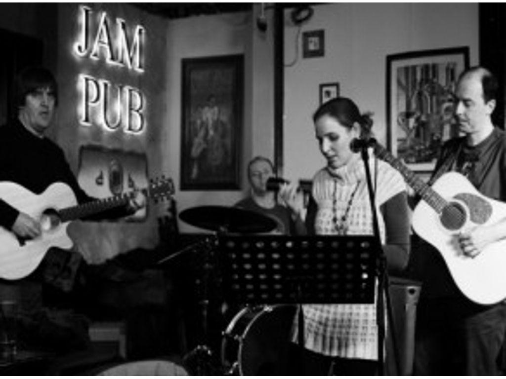 Budapest Acoustic Band