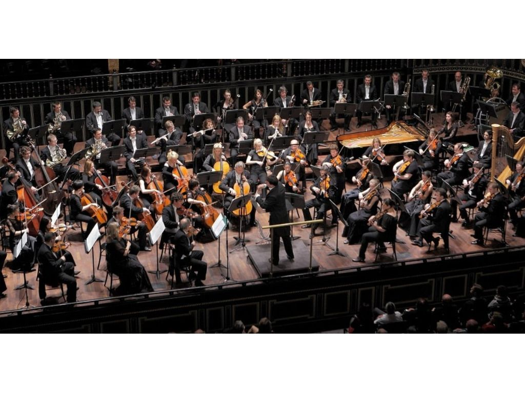 ZIMMERMANN / R. STRAUSS / RACHMANINOV ( Concerto Budapest & Khatia Buniatishvili - zongora )