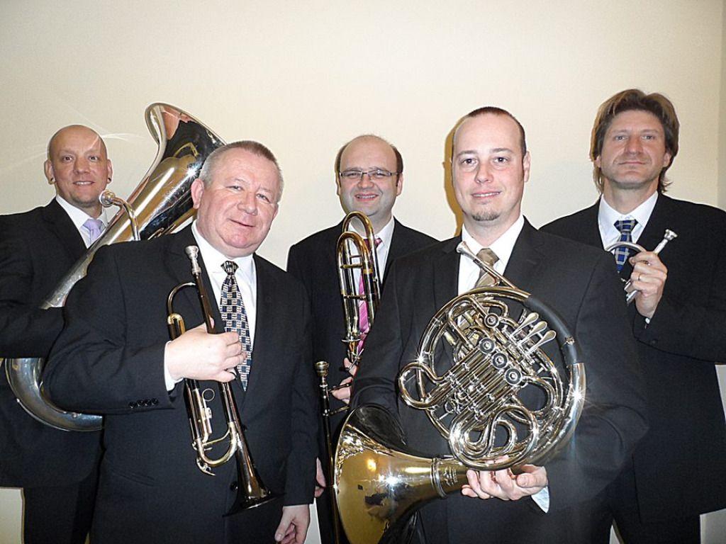 Egy nap Tarcalon - Theater Brass