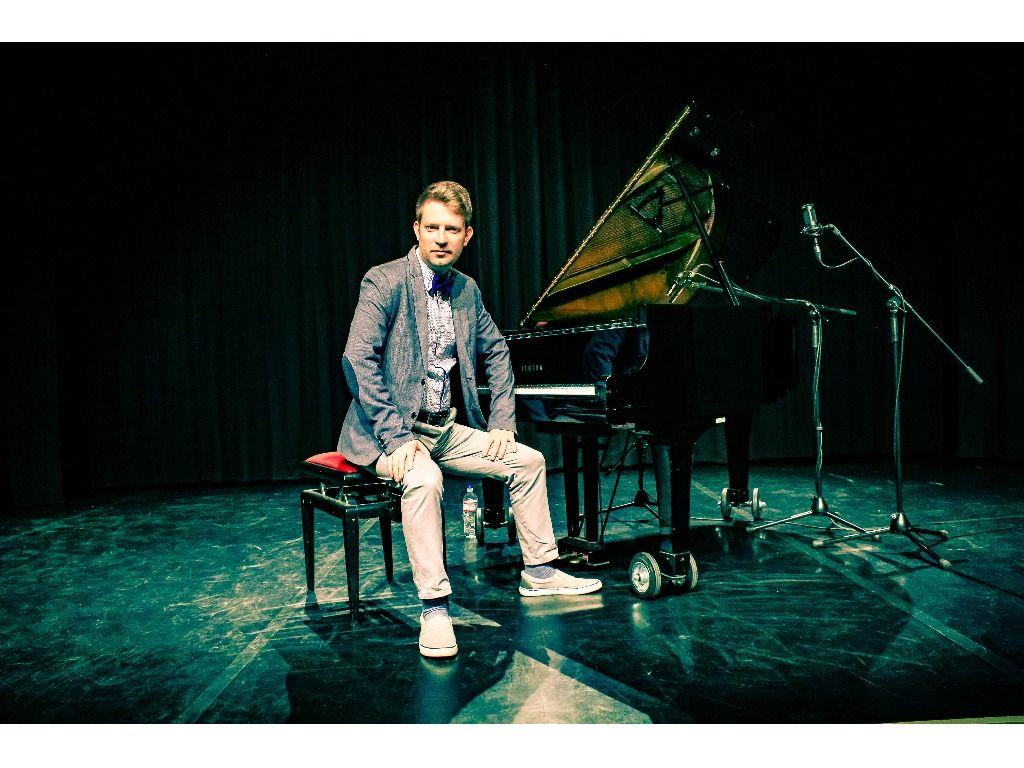 Csordás Gábor szólózongora-koncertje