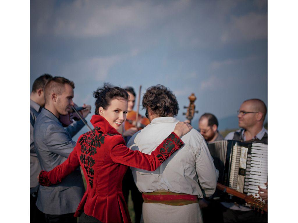 Adventi koncert:Herczku Ági és a Banda,Kubinyi Júlia és társai