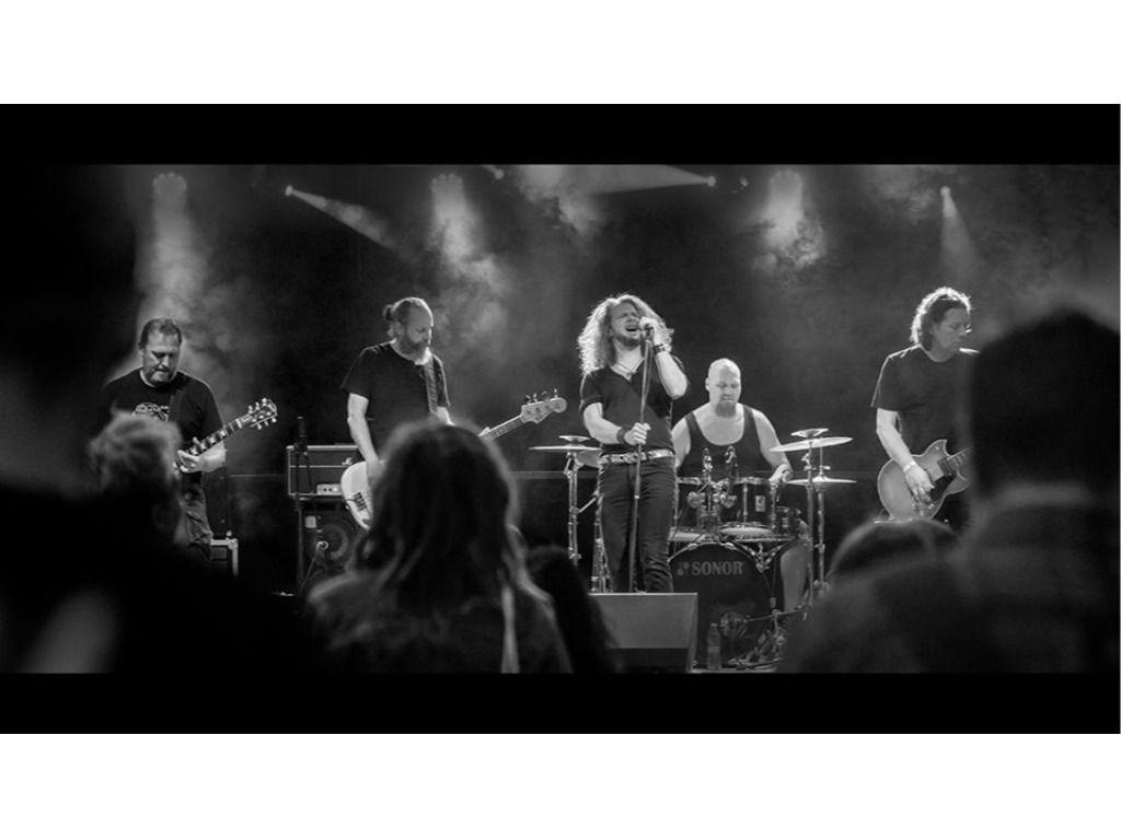 SuperunknownS and Friends // Muzikum