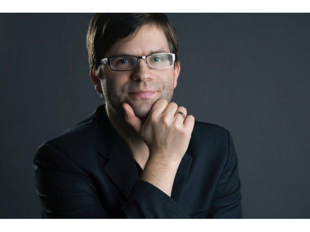 Modern Art Orchestra Plays the Music of Kristóf Bacsó