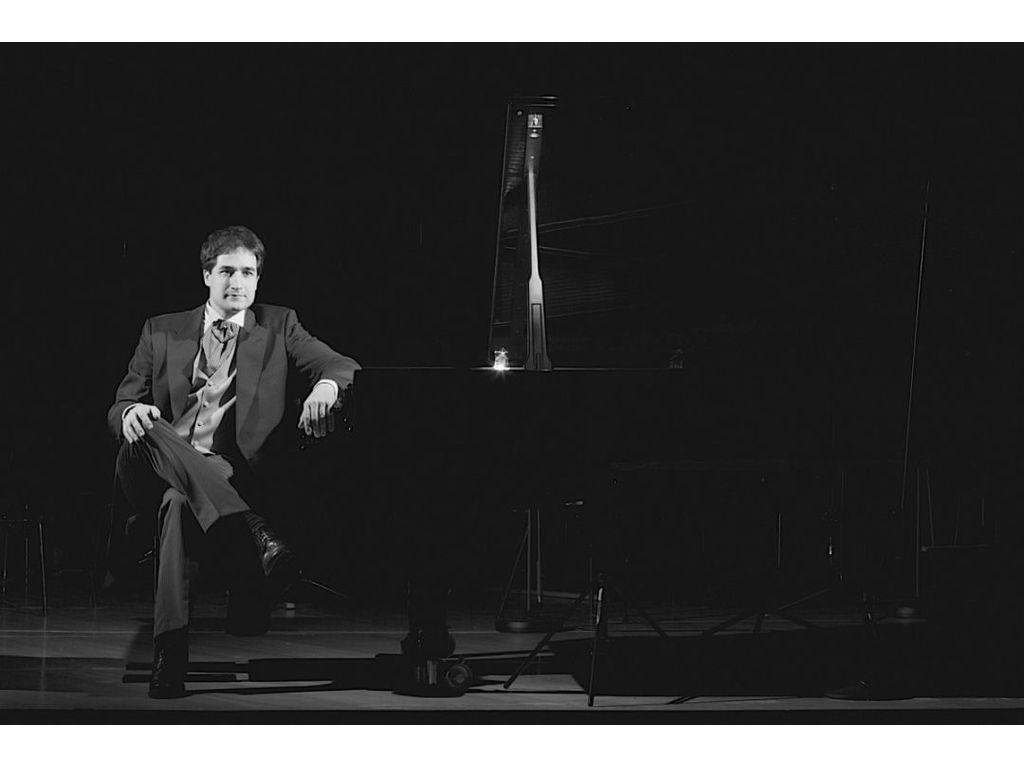 Brahms szonátái hegedűre és zongorára – Roi Shiloah és Fülei Balázs hangversenye