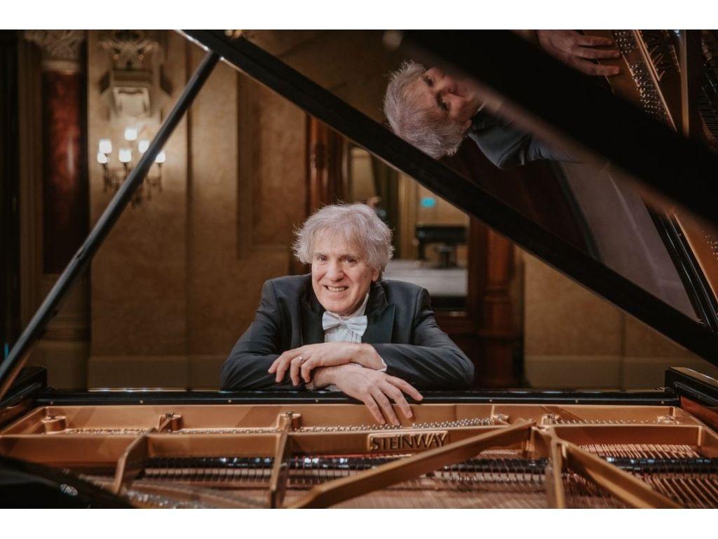 Hegedűs Endre hangversenye, Km. Schnöller Szabina - szoprán, Beethoven, Schubert