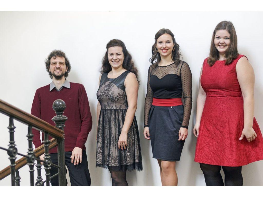 Régi és új dalok - Tercettek női hangokra, zongorakísérettel