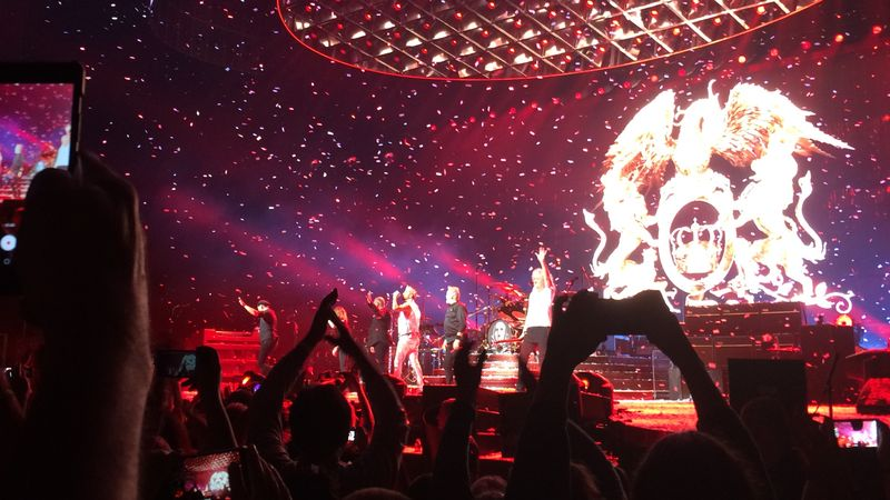 Csodás dalok, tökéletes összhang, kiváló közönség – felejthetetlen élmény volt a Queen-koncert