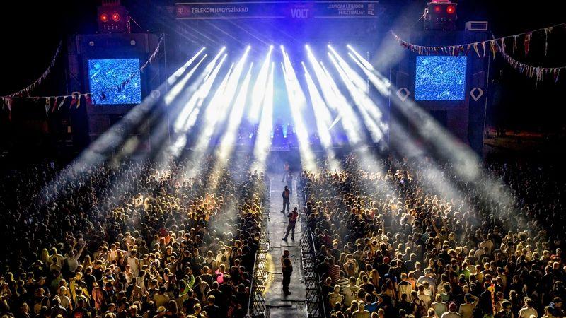 A Depeche Mode beugrik februárban Budapestre, aztán jönnek nyáron Sopronba is – kipattantak az első voltos nevek