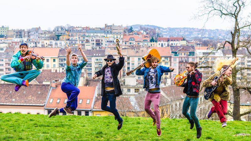 Klipsztori: A Bohemian Betyars a Parno Graszttal forgatott