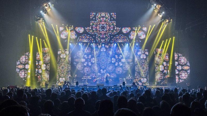 A megalakulásának 55. évfordulóját ünneplő Omega együttes koncertje az Arénában 2017. december 28-án. MTI Fotó: Szigetváry Zsolt