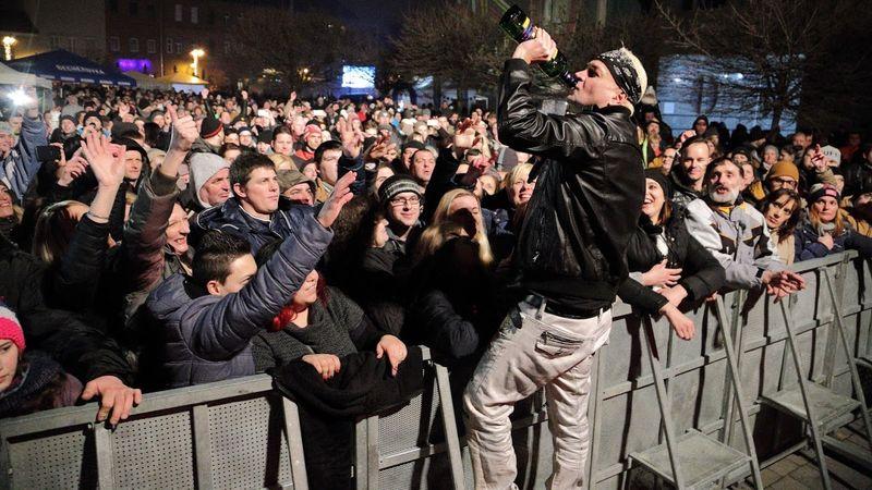 Sztárok, buli, pia, kaja – farsang Miskolcon