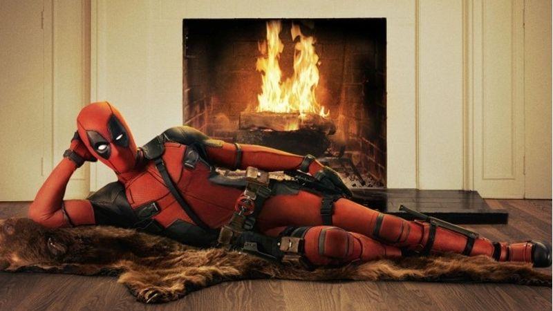 Tudjuk, ez a Deadpoole. De sokkal jobb fotó, mint bármelyik kocka az írásunk tárgyát képező filmből :)