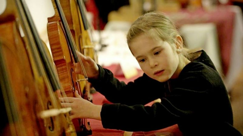 Elsőkézből: 15 hangszerkészítő mutatja be mesterhangszereit