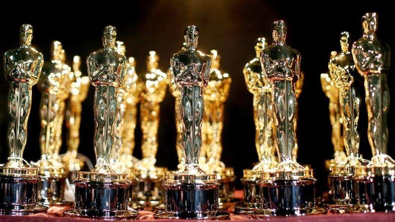 A Duna tévé vasárnap este élőben közvetíti a 90. Oscar-gálát