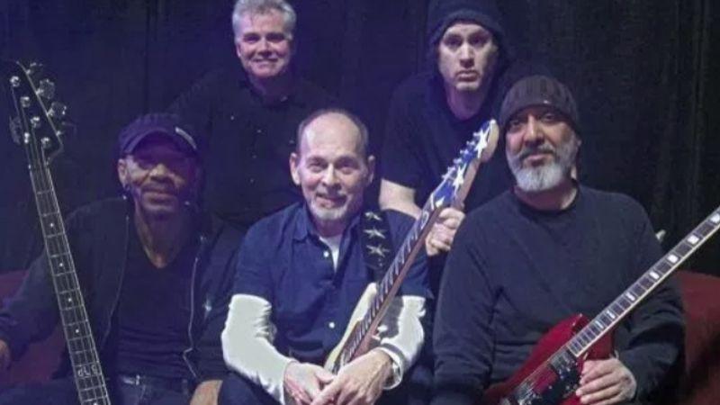 Chris Cornell halála után először zenélnek együtt a Soundgarden-tagok