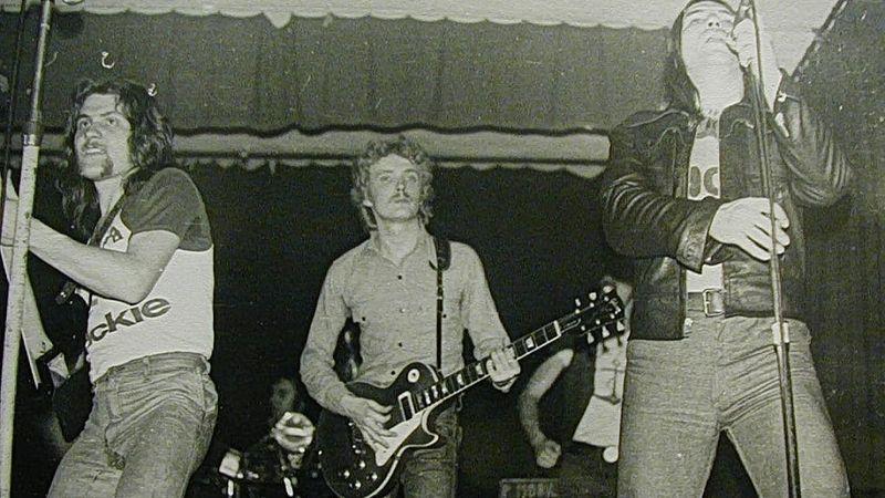 Kékesi, Pálmai, Bencsik, Schuster (P.MObil) - a 70-es évek közepén (bent a koncertteremben) - Lóránt archívumából