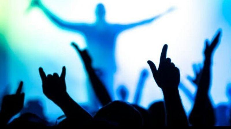 Több mint háromszáz zenekar vár a tapsra!