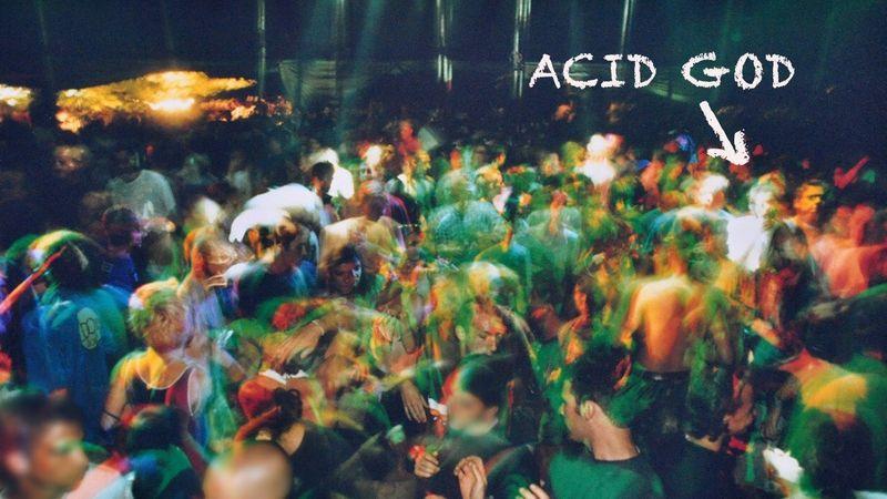 Legenda vagy létező ember: ki ismeri Acid Godot a partikról?
