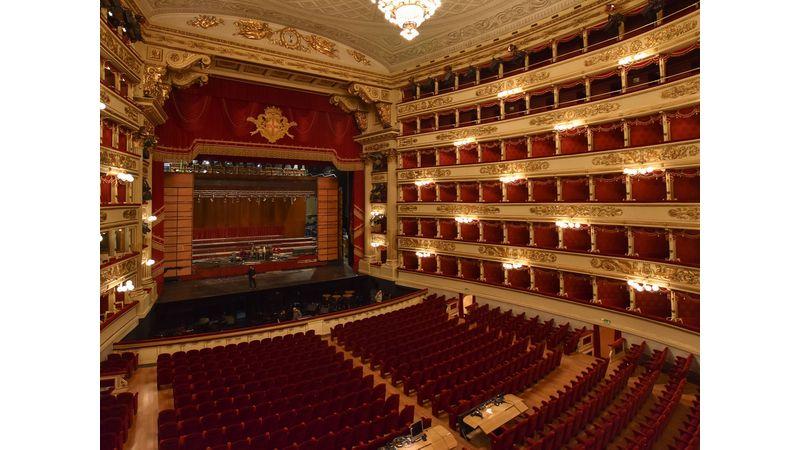 Operámat egy lóért! Botrány volt Milánóban