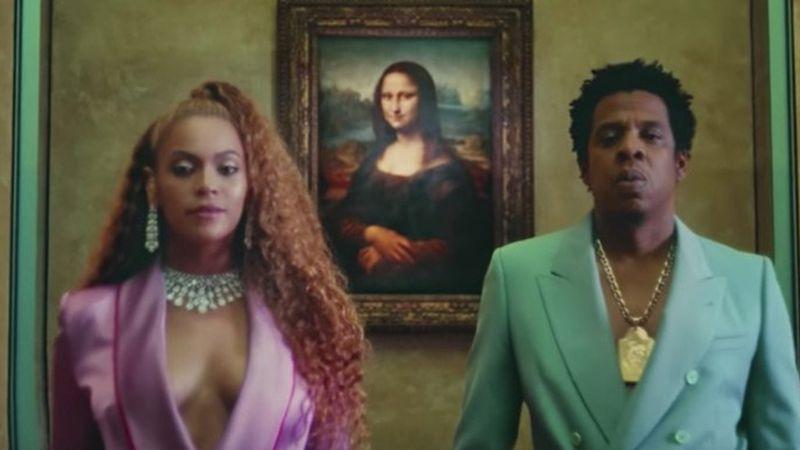 Nagy köszönetet mondhat Beyoncénak a Louvre