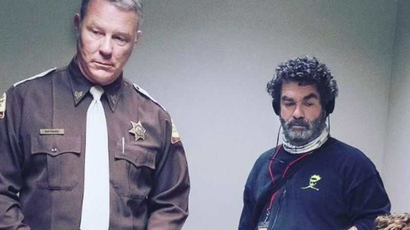 Zsarut alakít a Metallica frontembere egy sorozatgyilkosos krimiben
