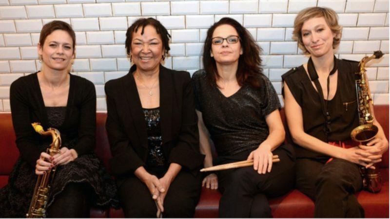 Lábtörése és felépülése után újra Budapesten koncertezik Rhoda Scott
