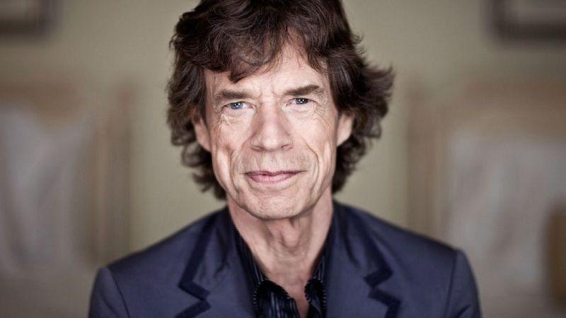Mindenki nyugodjon le: sikerült Mick Jagger szívműtéte