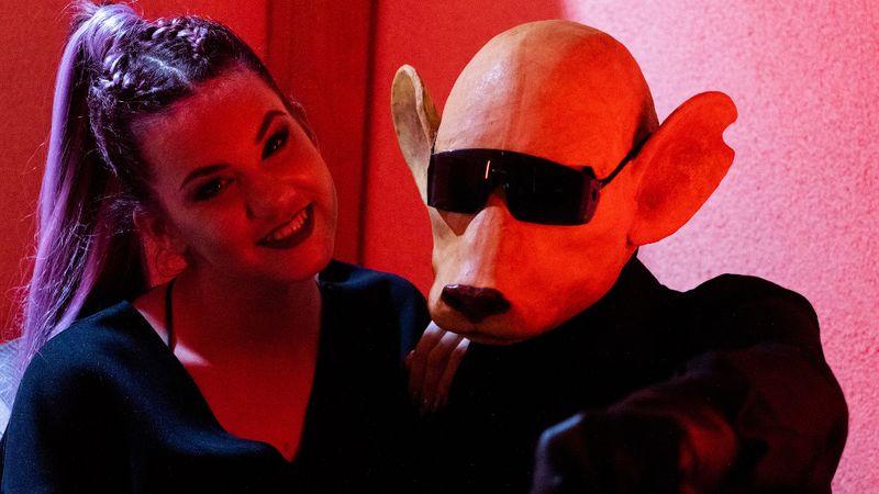 Új videoklippel jelentkezett a maszkos Tha Shudras