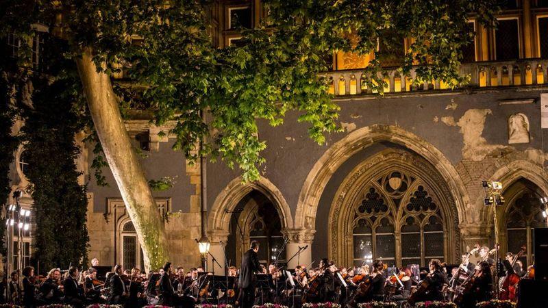 Nyár, tangó, szerelem – Vajdahunyadvári Nyári Zenei Fesztivál