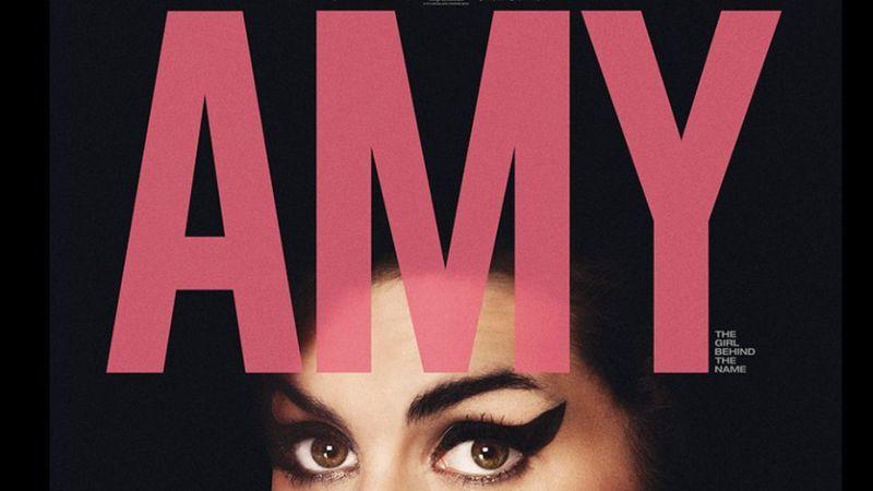 Az Amy Winehouse-sztori az esernyős kertmozijában