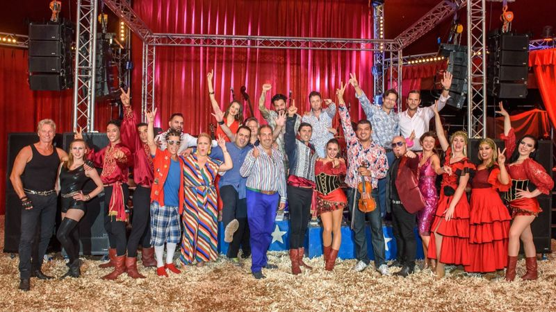 Soha vissza nem térő alkalom: csak egyszer látható a Budapest Bár cirkuszi attrakciója