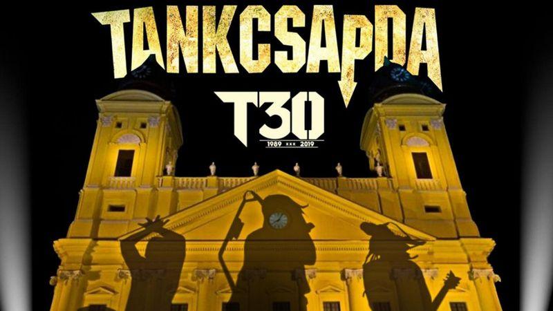 200 dal, 14 stúdióalbum, 5 könyv, 4 válogatásalbum, 3 koncertlemez – Boldog szülinapot, Tankok!