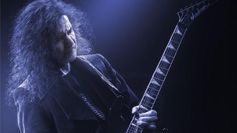 Húsz év után új szólólemezt készített Szekeres Tamás