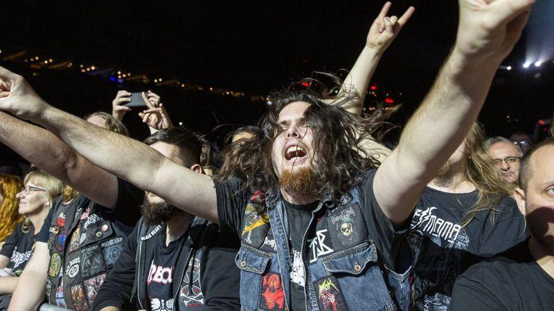 Perfect Strangers az Arénában: tizenévesek és nyugdíjasok a Deep Purple-koncerten