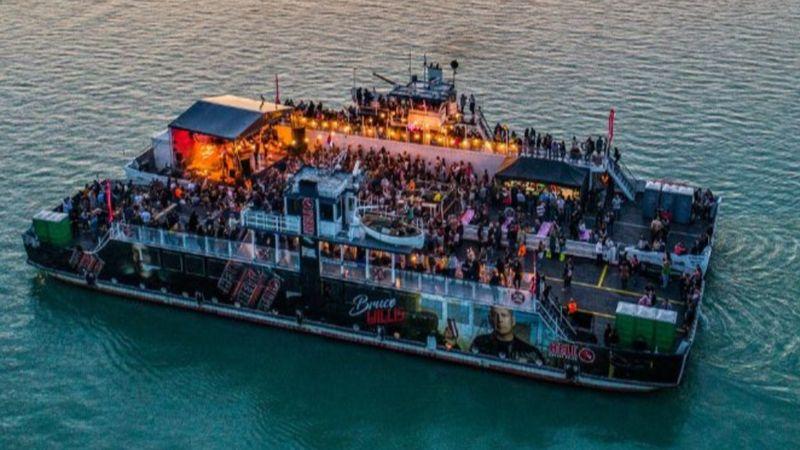 Jövő nyáron is lesznek kompkoncertek a Balaton közepén