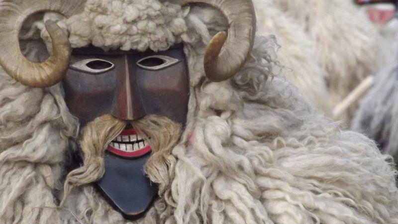 1750 maskarással űzik a telet az egy hónap múlva kezdődő mohácsi busójáráson